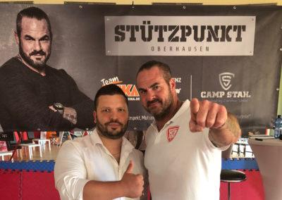 Kampfkunst Großmeister Ugur Sener und Carsten Stahl setzen gemeinsam ein Zeichen gegen Mobbing im Kreis Recklinghausen!